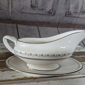 Royal doulton tiara China gravy bowl vintage